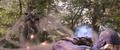 Thanos aguanta los ataques de Rhodes