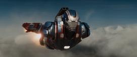 Iron Patriot volando