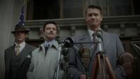 Stark, Jarvis y Thompson en el discurso