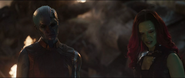Nebula habla con Gamora alternativa sobre Quill