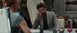 Stark trata de arreglar la situación con Potts