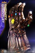 Infinity Gauntlet Hot Toys 1