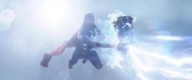 Thor se venga contra Thanos