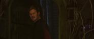Quill encuentra la habitación de Groot desordenada