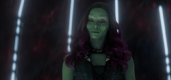 Gamora de 2014 le cree a Nebula