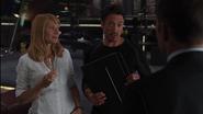 Stark es reclutado por Coulson