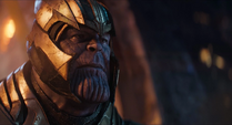 Thanos en la Estadista con casco