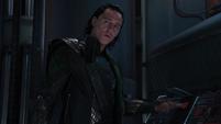 Loki se burla de su hermano