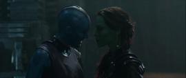 Gamora discute con Nebula