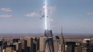 El portal se abre encima de la Torre Stark