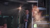 Fitz crea un holograma