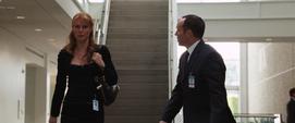 Potts se reune con Coulson