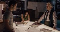 Pym le explica el plan a Lang y Hope