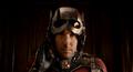 Scot usa casco Ant-Man