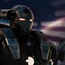 Maquina de Guerra muestra su armamento - Iron Man 2.png