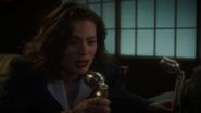 Carter libra a Stark del control mental