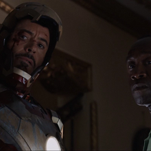 Stark y Rhodes amenazan a Trevor.png