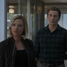 Romanoff y Rogers hablan con Danvers.png