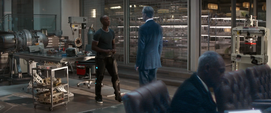 Rhodey confronta a Ross