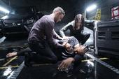 Aida y Fitz salvan a Mackenzie