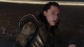 Loki trata de escapar