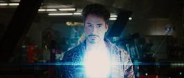 Stark se pone su nuevo Reactor Arc