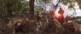 Groot confronta a Thanos