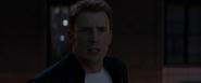 Capitan America persigue a Winter Soldier