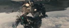 War Machine atacando
