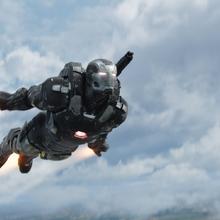 Maquina de Guerra volando - CW.png