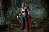 Thor es confrontado por Iron Man