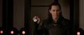 Loki atrapa el objeto