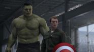 Rogers y Banner descubren la ausencia de Romanoff