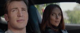 Rogers y Romanoff en el automóvil
