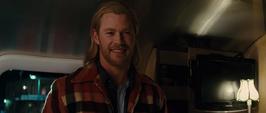 Thor habla con Foster - T
