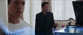 Tony desactiva su recuerdo