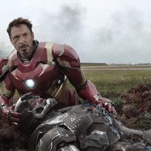 Stark entristecido por Rhodes.png