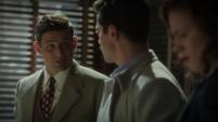 Sousa le habla a Stark del Aceite de Medianoche