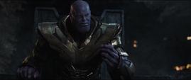 Thanos planea usar las Partículas Pym para ir al futuro