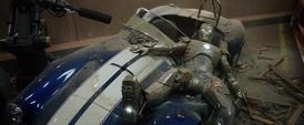 Tony Stark se estrella con la armadura