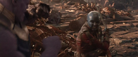 Nebula ataca a Thanos