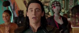 Loki descubre que Hulk es el campeón del Gran Maestro