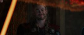Thor luego de traer a Foster a Asgard