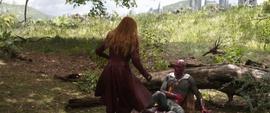 Wanda se acerca a Visión