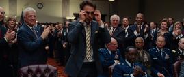 Tony Stark despidiendose del senado - Iron Man 2