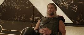 Thor ignora a Loki
