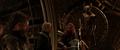 Volstagg y Fandral bromean sobre los merodeadores