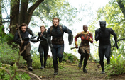 Rogers Romanoff Barnes Okoye y T Challa van a enfrentar a Thanos