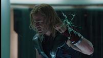 Thor en la celda del Helicarrier