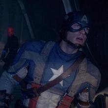 Capitan America buscando a Craneo Rojo.png